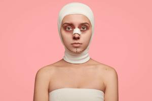 A banalização das cirurgias plásticas na sociedade contemporânea